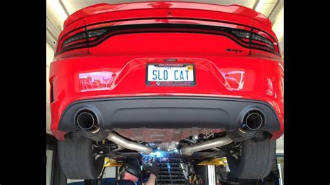 Charger Hellcat Exhaust by Hellcat Charger Exhaust Stock Vs Mid Muffler Delete