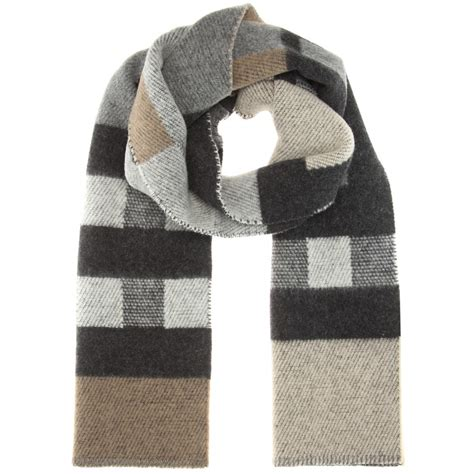 burberry wool and scarf in gray lyst