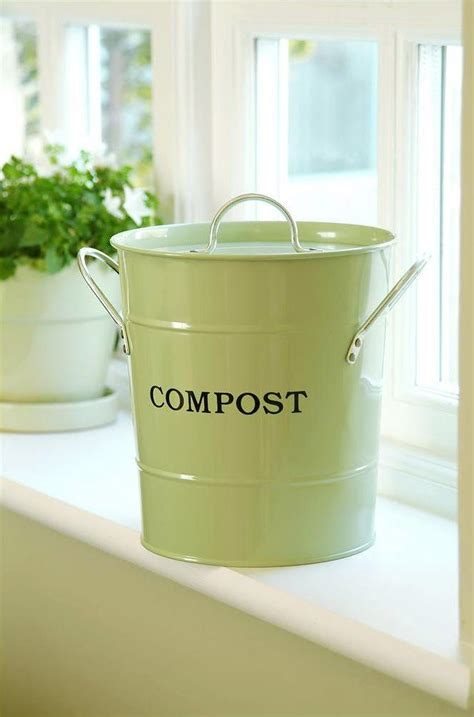 garden compost container best 25 compost container ideas on kitchen