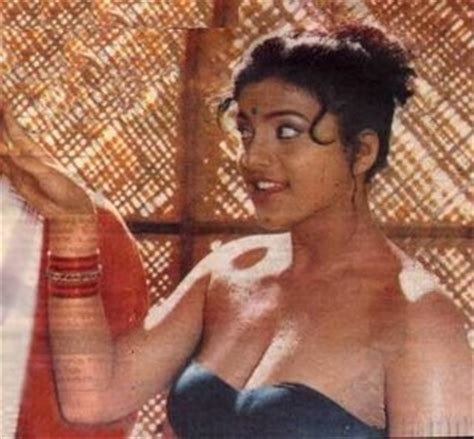 actress roja bharathi hot indian girls sexy bikini bollywood hollywood girls