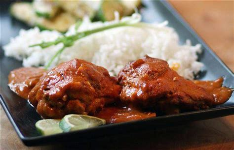 get tasty meals from slow cooker durban style chicken curry