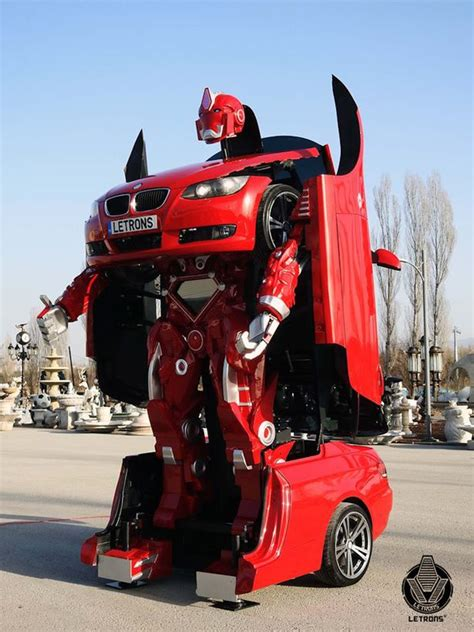 Transformer Auto by Real Life Transformers Car Changes From Sporty Bmw Into A