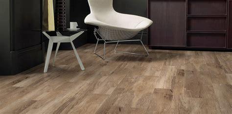 Amtico Vinyl Flooring Tiles   Click / Spacia / Signature