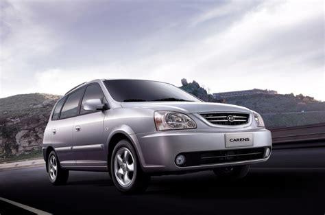 kia minivan price kia carens minivan mpv 2002 2004 technical data prices