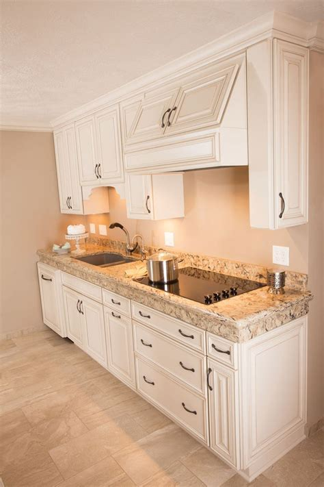 dakota cabinets sioux falls 8 best starmark images on pinterest traditional kitchens