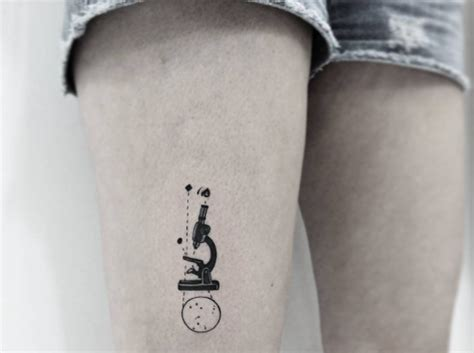 microscope tattoo 30 amazing science tattoos to out on tattooblend