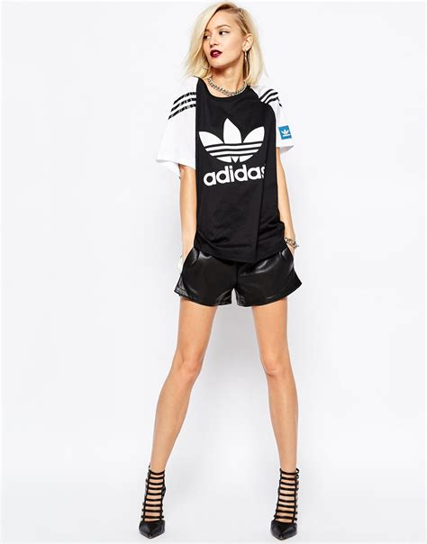 Sleeve Hoodie Adidas D 01 Termurah adidas originals ora oversized trefoil t shirt with