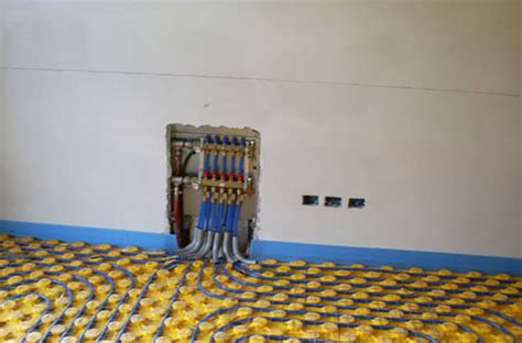pannelli solari per riscaldamento a pavimento pannelli solari termici e riscaldamento a pavimento