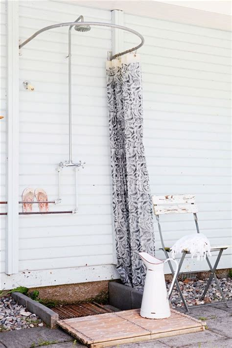 outdoor shower pole 15 fabulous outdoor shower ideas letting you cherish a