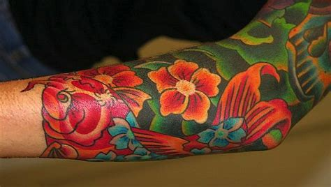 tatuajes en el brazo a color