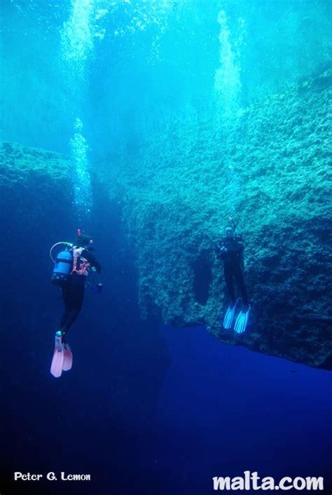 dive blue the blue dwejra gozo