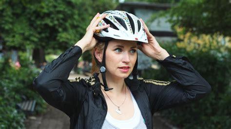 fahrradhelme mehr lust auf helm sicher und schoen