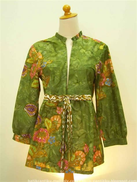 Icn8 Baju Atasan Blouse Wanita Blouse Muslim Tenun Tunik 663 best images about batik on fashion weeks blouses and batik blazer