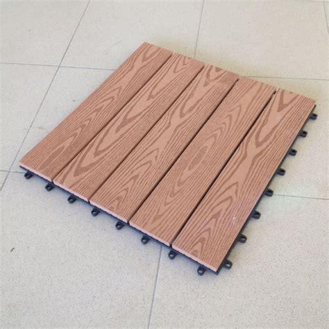 piastrelle ad incastro per interno cione di mattonella in wpc cm 40x40 legno composito
