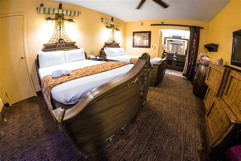 The Room Review Pirate Rooms At Caribbean Resort Review Disney