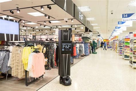 Retail Background Check Tesco Checks Out With Iot Robotics And Augmented Reality