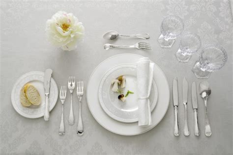 Setting Cutlery For A Dining Table Dining Table Placement Cutlery Dining Table