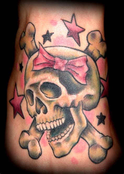 girly skull tattoos cat tattoos aaron grace jolly roger
