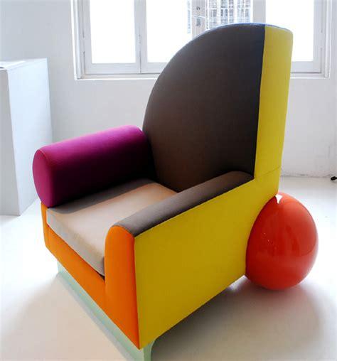 memphis couch ettore sottsass memphis retrospective exhibition