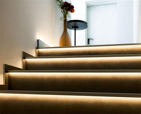 led treppenbeleuchtung indirekte treppenbeleuchtung per leds im stufenprofil