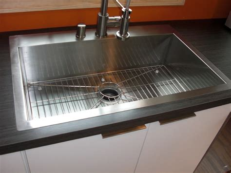 Modern Formica Countertops by Laminate Countertops Modern Kitchen Milwaukee By