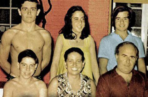 imagenes de la familia puccio el clan historias del celuloide