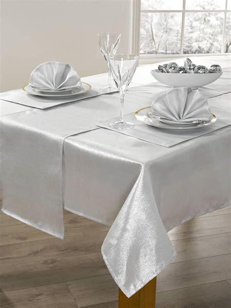 14 piece christmas table linen set xmas table cloth seats 6 dinner party ebay