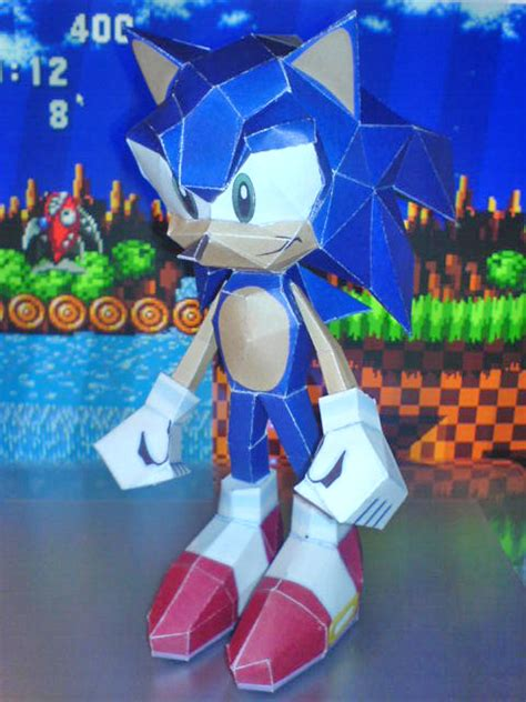 sonic papercraft by mogqai