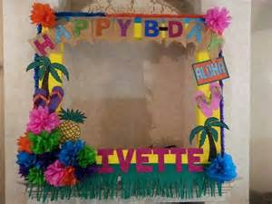 Graduation Center Pieces Marco De Cumplea 241 Os Hawaiano Mis Trabajos Pinterest Fiestas Luau Party And Birthdays