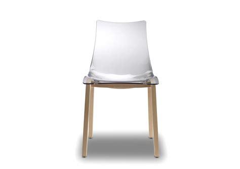 chaises transparentes but 2x chaises transparentes design avec pieds bois