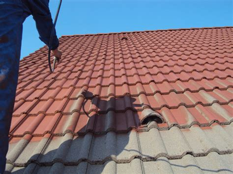 was kostet eine dachsanierung dachsanierung dach sanieren u dachbeschichtung geringe