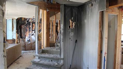 damage house restoration look