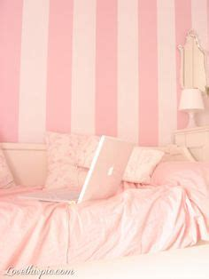 girly bed with pretty lights pink interiors pinterest 1000 images about pink room decor on pinterest pink
