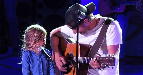 dierks bentley evelyn day bentley dierks bentley brings daughter on stage for a touching