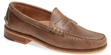 boat house shoes boat shoes belong in a frat house here s what you should wear instead business