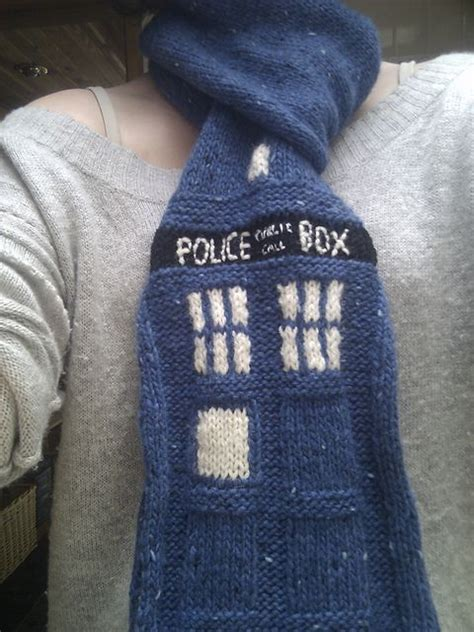 knitting pattern dr who scarf the 25 best ideas about doctor who scarf on pinterest