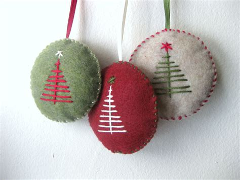 Handmade Felt Ornaments - ornament set in felt handmade felt by makecreatenyc