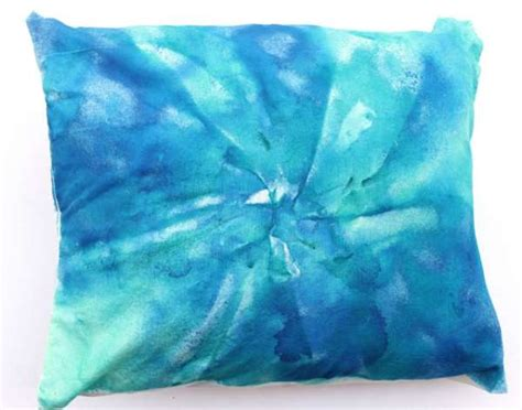 Tie Dye Pillow Case   Home Crafts   craftbits.com