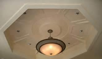 faux plafond pour salon marocain platre ou bois salon