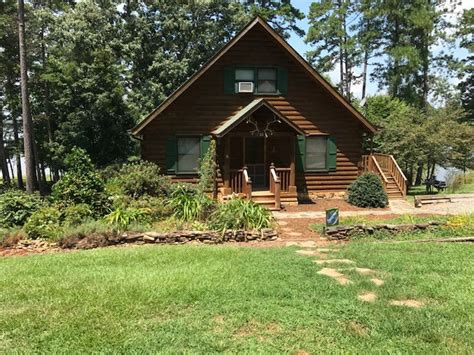 Kerr Lake Cabin Rentals by Clarksville Homes For Sale Real Estate In Clarksville
