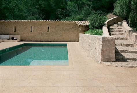 pavimenti in tufo pavimenti per esterni in gres porcellanato www