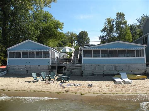 Lakefront Cottages For Rent by Charming Lakefront Cottages With Beautiful Vrbo