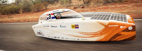 solar challenge australia nuon s nuna9 wins world solar challenge 2017 a coast to