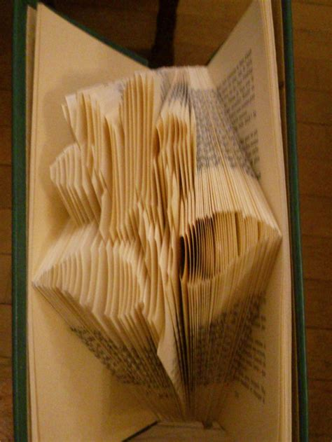 book folding pattern bunny head pattern to create your own 17 images about book folding on pinterest free pattern