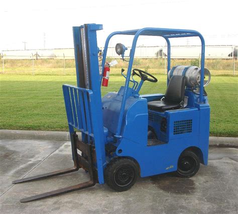 tow motors towmotor forklifts pictures and history