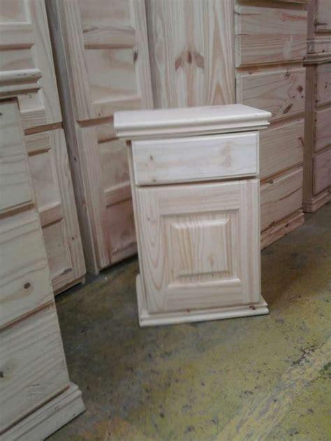 como pintar un pino natural seco como pintar muebles de pino muebles multi uso con