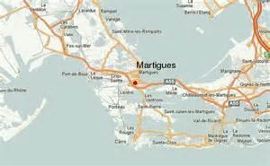 martigues location guide