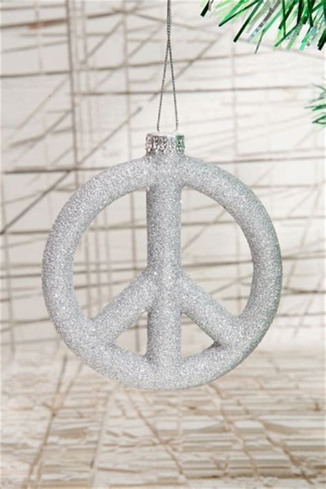 peace sign christmas lights 1000 images about peace sign home decor on pinterest