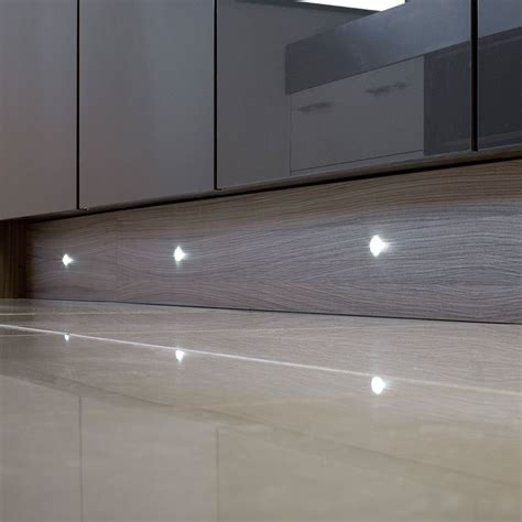 Puro 4 X 15mm Round Led Plinth Light Pack Kitchen Plinth Lights