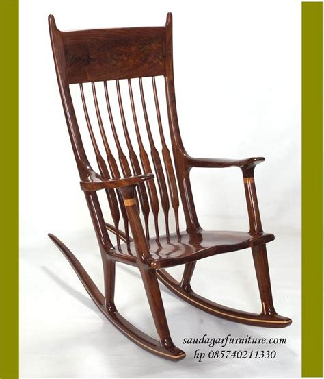 Kursi Malas furniture is so easy with the homeright finish max this rocking chair looks 20 child